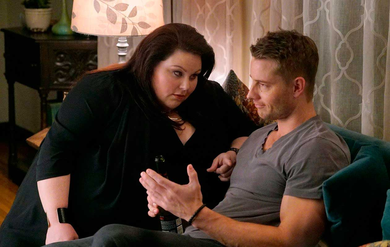 Chrissy Metz y Justin Hartley en This is us.